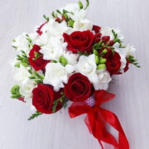 Свадебный красный букет